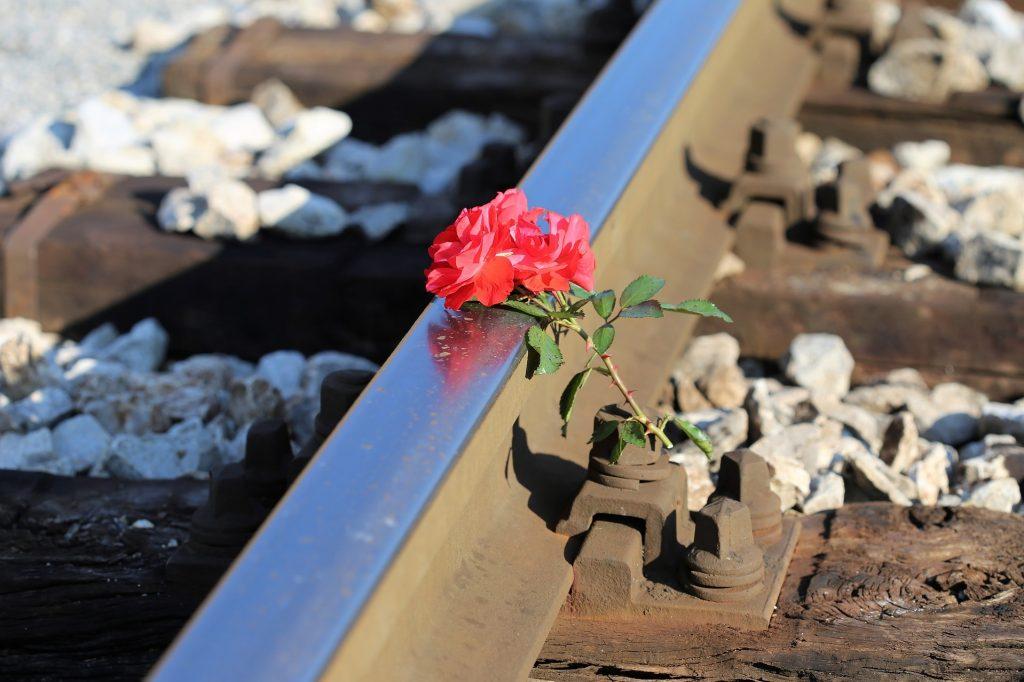 """""""Sicher drüber"""" – Präventions-Kampagne der Deutschen Bahn"""