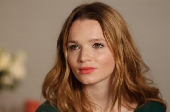 """Im Interview: Karoline Herfurth ist """"Die kleine Hexe"""""""