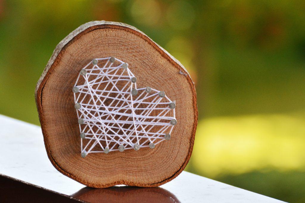 DIY: Basteln mit Baumscheiben