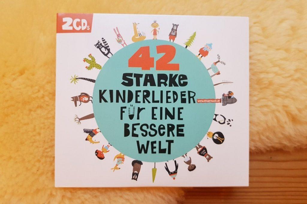 42 starke Kinderlieder für eine bessere Welt